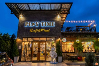 Play Time Cafe' & Meal