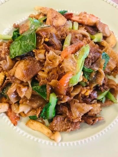 2459 ขนมจีน อาหารตามสั่งพื้นเมือง ส้มตำ (ร้าน 2459)