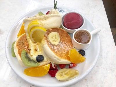 Fruity Custard Brulee Pancake