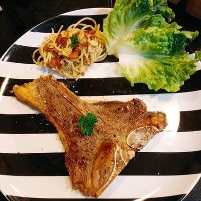 T-Bone Steak พริกไทยดำ
