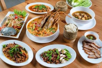 3ช เชิญ ชวน ชิม (3Chor Chern Chuan Chim)
