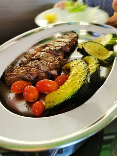 Ribeye dye-age with Grilled Vegetables
