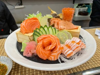 Haru101 Sushi Cafe ร้อยเอ็ด