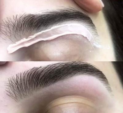Eyebrow waxing แว๊กคิ้ว ราคาปกติ 390 บาท เหลือเพียง 330 บาทเท่านั้น