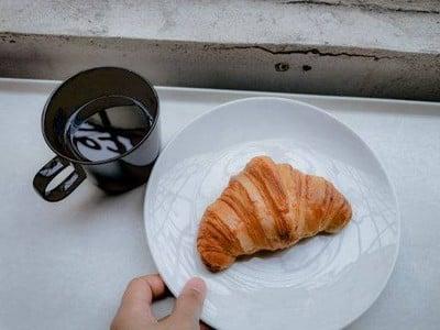 Unbranded Cafe