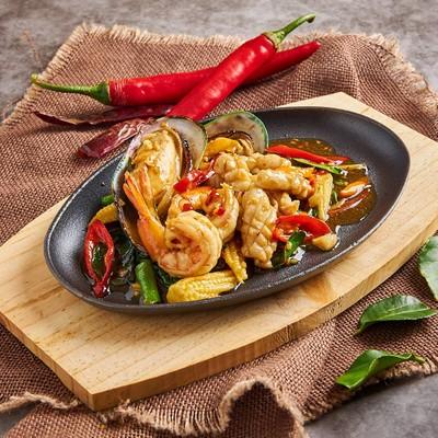 Glom Glorm thai eatery & bar