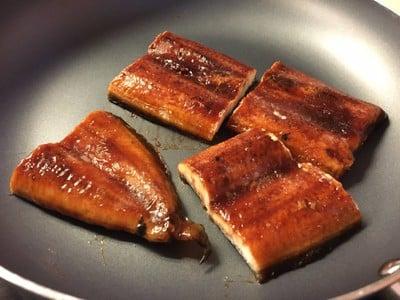 ข้าวหน้าไหลปลา เอ้ย ปลาไหล