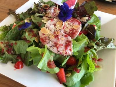 เบอรี่สลัด Berry salad