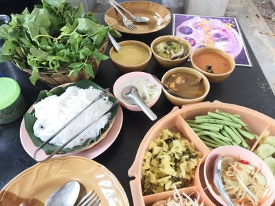 ขนมจีนสวนลุงลี