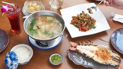 ร้านอาหารไทยในเครืออำแดงไต้ฝุ่นกับบรรยากาศดีริมแม่น้ำเจ้าพระยา