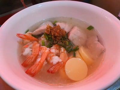 เฮียตงบะหมี่เกี๊ยวกุ้ง (ชะอำใต้ซอย 3 เพชรบุรี) ชะอำ