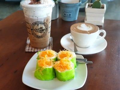 Cafe classic ขนมเค้กโฮมเมด กาแฟสด ท่าเรือแกลง ระยอง