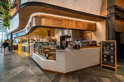 Cafe Eiffel Velaa @Langsuan  soi 2