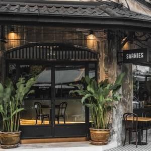 Sarnies Bangkok (Sarnies Bangkok) Sarnies Bangkok