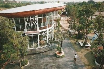 THE HAY - Equestrian Center & Eatery (เดอะ เฮย์)