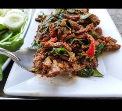 จ่าวี อาหารป่าเมืองกาญจน์ (Javee Restaurant) สาย4