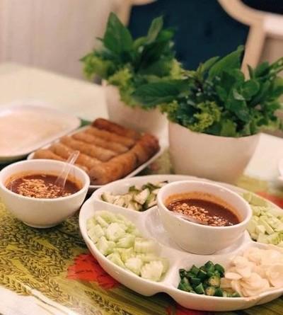VTแหนมเนือง (วีที แหนมเนือง) ชลบุรี