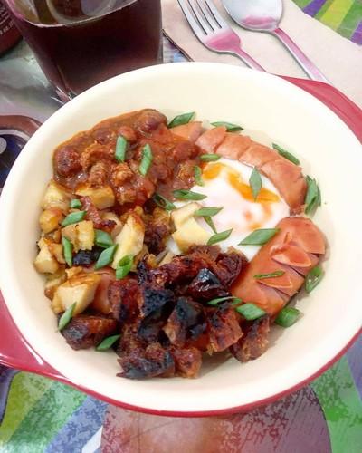 WFH Kitchen: ไข่กะทะ ขนมปังญวน (ขนมปังสอดไส้)