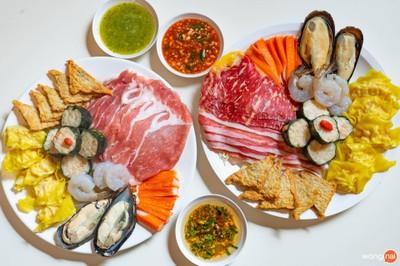 猪肉套餐/เซ็ตรวมหมู&ซีฟู้ด/Mixed set pork&seafood