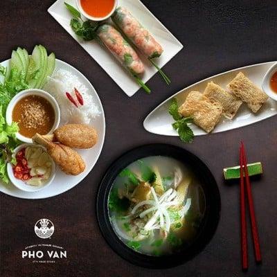Pho Van (เฝอ เวิน) (เฝอ เวิน) ศรีนครินทร์