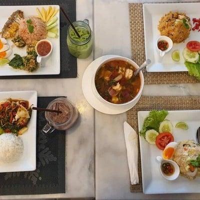 Borbaimai Pattaya Cafe & Bistro (บ.ใบไม้ คอฟฟี่ แอนด์ ฟู๊ด) พัทยา