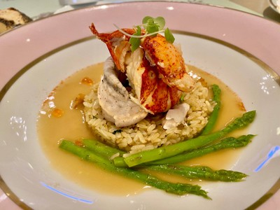Steamed Lobster Tournedos with Garlic Fried Rice
