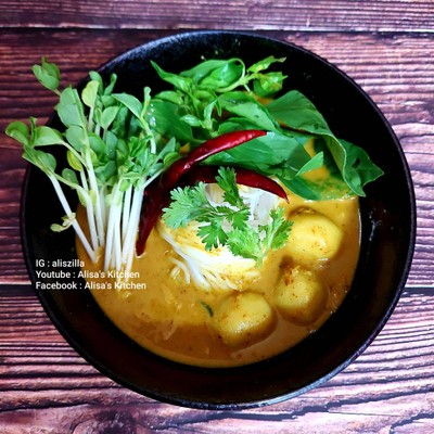 ขนมจีนน้ำยาปลาทูน่า