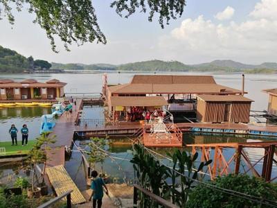 รายาบุรีรีสอร์ท (Rayaburi Resort)