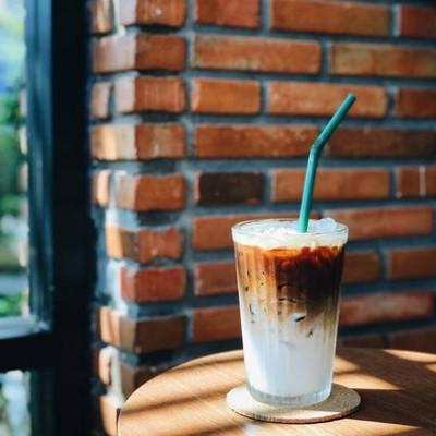 Magnolia Cafe & Bar