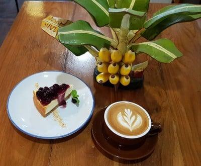 Blueberry Cheesecake & Latte