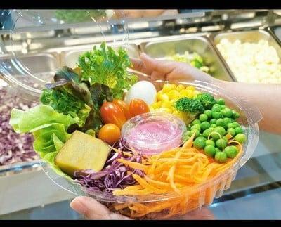 สลัดบาร์ 108 (Salad Bar 108)
