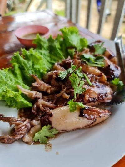Nuya Seafood (นู๋ยาซีฟู้ด)