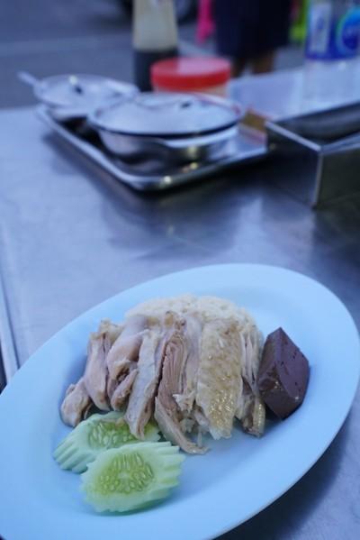 ข้าวมันไก่ต้ม+ไก่ทอด