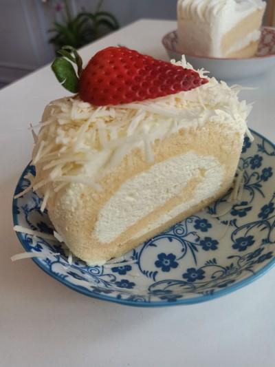 โรลมิลค์ชีสเค้ก