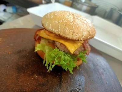 Za Leng Burger (ซาเล้งเบอร์เกอร์)