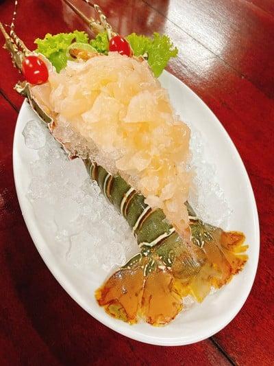 กุ้งมังกรซาซิมิ