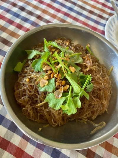 แพอาหารคุณอี๊ด (Phae Ahan Khun It Restaurant)
