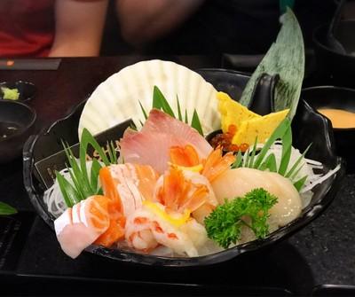 Prestige sashimi set