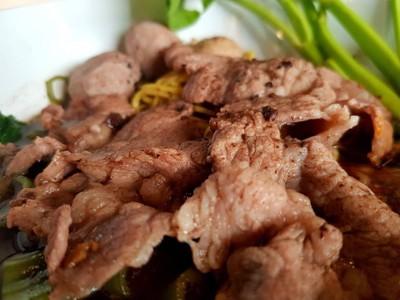 บะหมี่แห้งเนื้อ