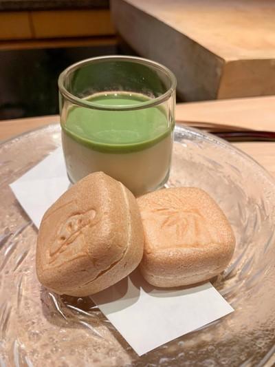 Sea Salt ice in rice cracker  &Tofu Pudding with Green Tea Sauce