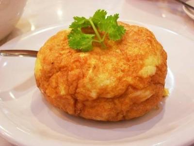 ข้าวไข่เจียวหมูสับคอนโด