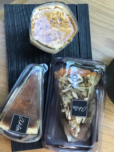 Apple Eden tarts & Cheese cake