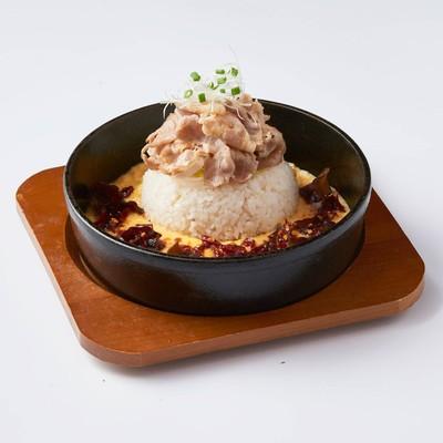 ลด 25% : ข้าวผัดหม่าล่าหมูกระทะร้อนสไตล์ญี่ปุ่น เพียง 149 บาท (จาก 199 บาท)