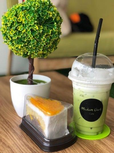 Madame Oui Cafe