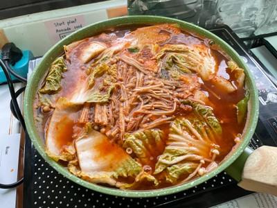 วิธีทำ แกงส้มปลาดอลลี่กลายเป็นซุปกิมจิเฉยเลย (เพราะไม่มีมะขามเปียก)