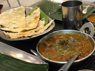 garlic naan, chettinand mutton curry