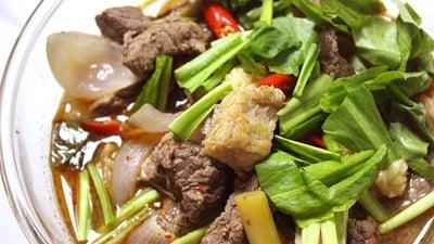 """ชวนทำเมนูแอบแซ่บง่ายๆได้ที่บ้าน กับ """"ต้มแซ่บเนื้อวัว"""" ทำง่ายอร่อยมาก"""
