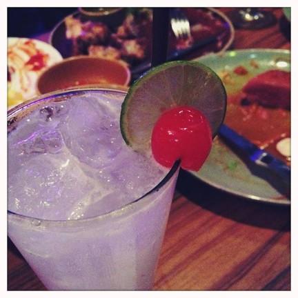 Gin Fizz เปรี้ยวเบาๆ หลังอาหาร