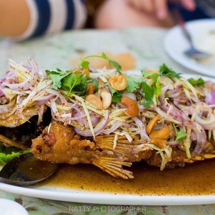 ปลาทับทิมยำมะม่วง อร่อยมากกกกกค่า