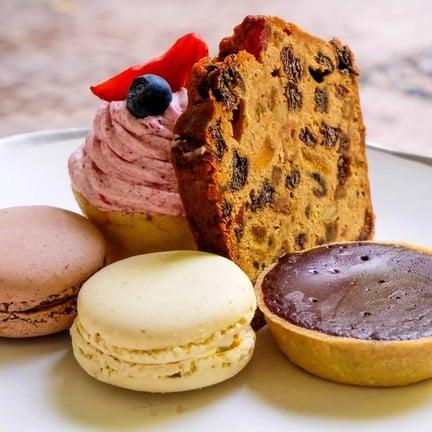 Sweet Dish: Pistachio + Salted Caramel Macaron / Fruit Cake / Raspberry Cupcake